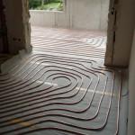 Fußbodenheizung vor Einbringen des Estrichs